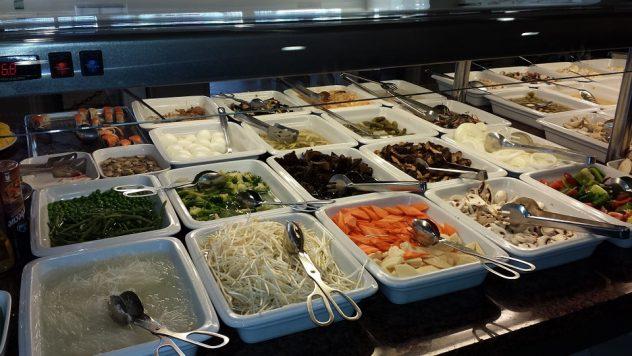 buffet-349100_960_720