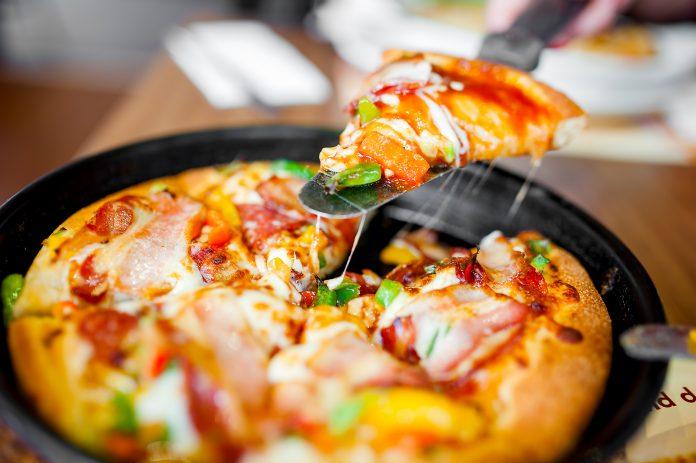 ให้ลูกค้า Eat Fun เพื่อดันยอดเพิ่ม เติมความสนุกให้อาหารผ่านชีสยืด